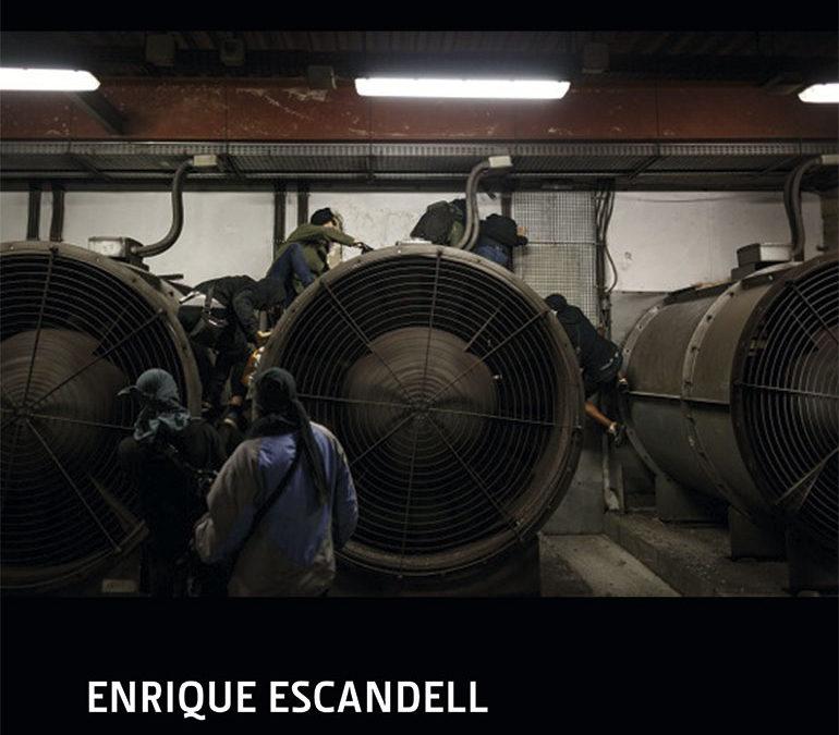 """Enrique Escandell """"SUBTERRÁNEOS: UNA INSTROSPECTIVA VISUAL SOBRE EL GRAFFITI EN EL METRO"""""""